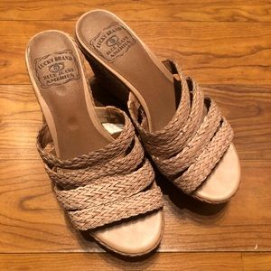 Lucky brand platform wedges nude